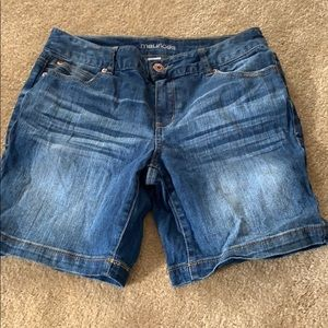Maurices shorts. Size 7/8